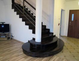 Schody na beton jesionowe – Pruszcz Gdański