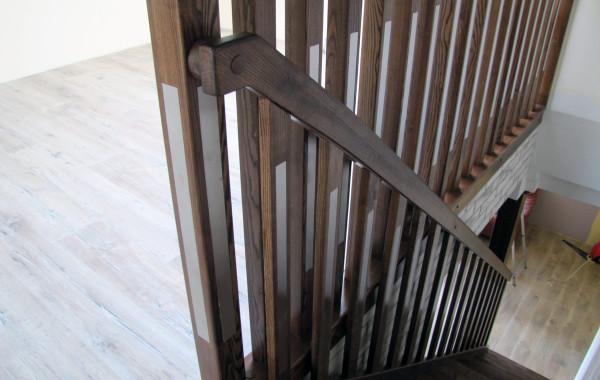 Balustrada drewniana tralki kwadraty