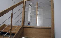 schody-q-debowe-z-podestem-kolor-giovanni-bpa-06-prety-inox-25