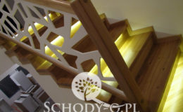 Schody-Q-Na-beton-Debowe-natura-(-czarne-zaprawki)-balustrada-LVL-biala-(12)