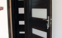 Drzwi-sosnowe-Orzech-(4)