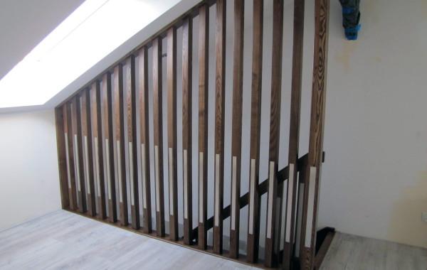 Balustrada, tralka do sufitu