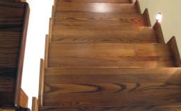 G-D-Jesionowe-na-beton-z-podestem-tr-drewniana-toczona-z-inox-Braz—kolor–(3)