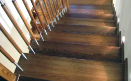 G-D-Jesionowe-na-beton-z-podestem-tr-drewniana-toczona-z-inox-Braz—kolor–(8)
