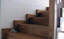 Dywanowe-Debowe-z-listwa-balustradadrewno-rura-pin-inox-Wyszkow-(2)