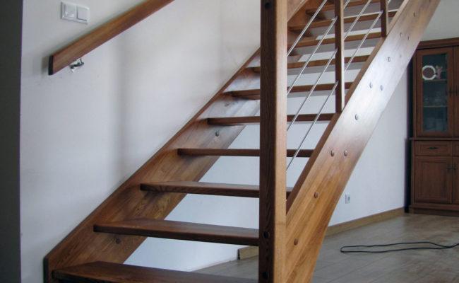 Jesionowe-Proste-kolor-23-48-balustrada-drewno-prety-inox–(2)