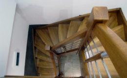 schody-q-debowe-azurowe-zabiegowe-balustrada-prety-inox-prostynin-7