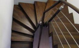 schody-q-dywanowe-jesionowe-orzech-porecz-okragla-plock-5
