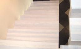 schody-q-dywanowe-jesionowe-bielone-2-podesty-grudziadz-4