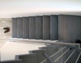 Schody-Q na beton skanowanie 3D bukowe
