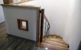 schody-q-giete-jesionowe-grudziadz-balustrada-ptery-inox-kolano-start-4