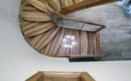 schody-q-giete-jesionowe-grudziadz-balustrada-ptery-inox-kolano-start-6