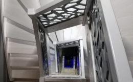 schody-q-jesionowe-bielone-c-konglomerat-lvl-szary-1