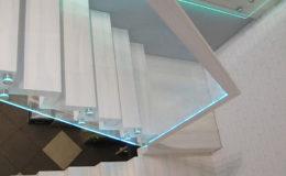 Schody-Q jesion bielony balustrada szyba dokrecana Grudziadz (4)